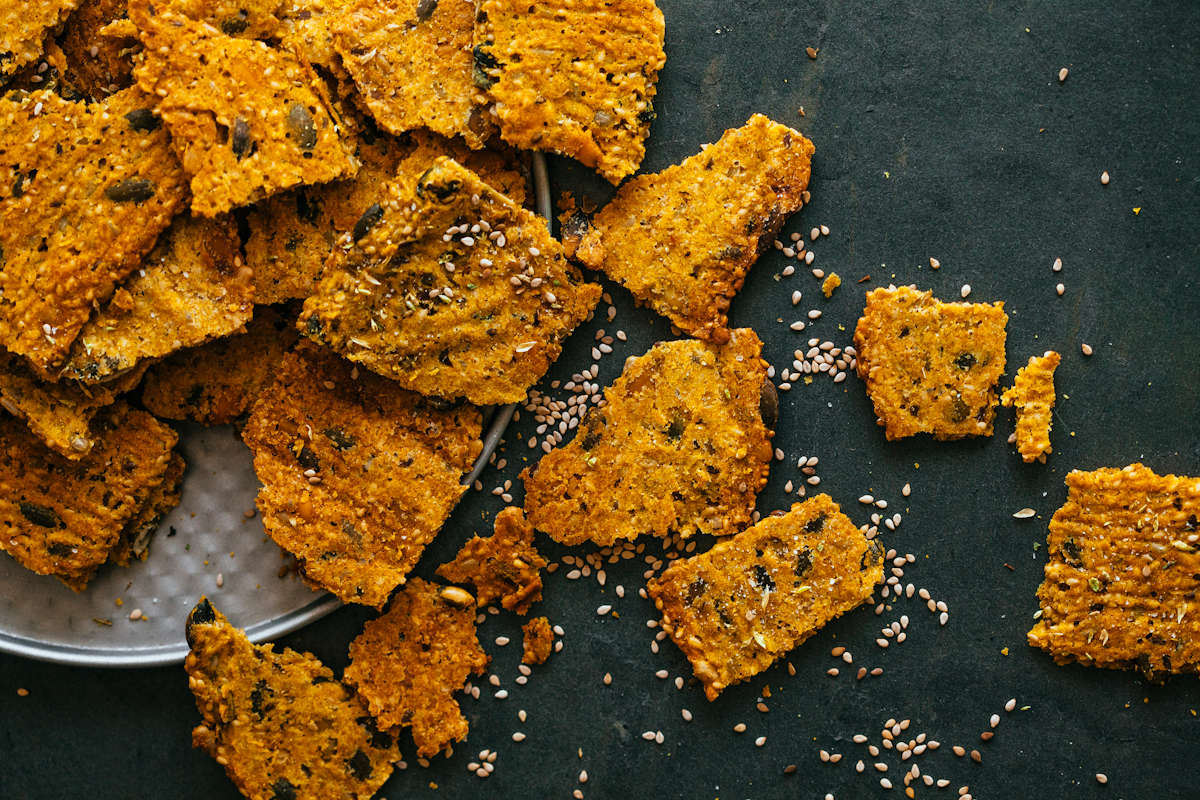 cover-curry-crackers