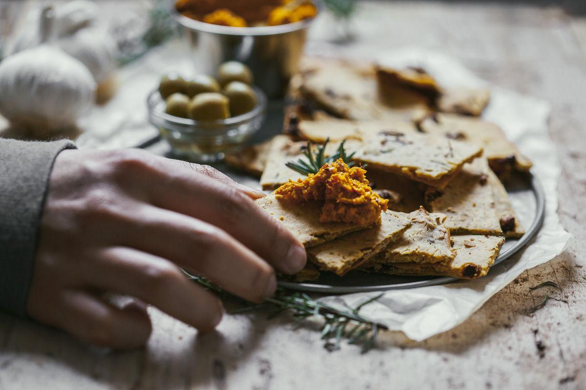 pate-crackers-veggieboogie07
