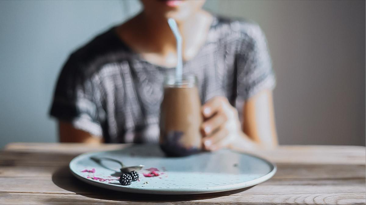 blackberry-choco-smoothie-14