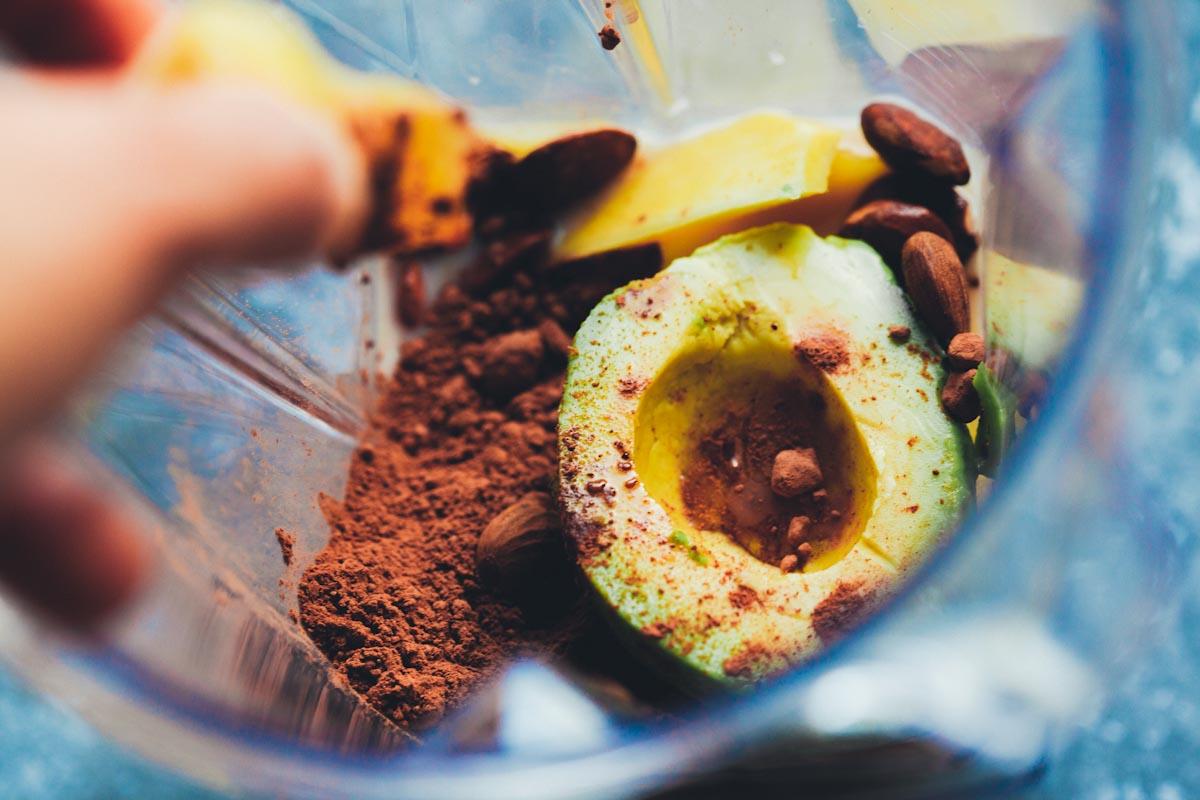 chocoginger-mango-smoothie