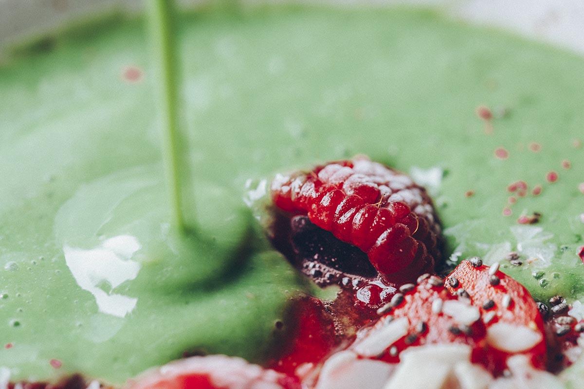 green-smoothie-bowl-veggieboogie-6