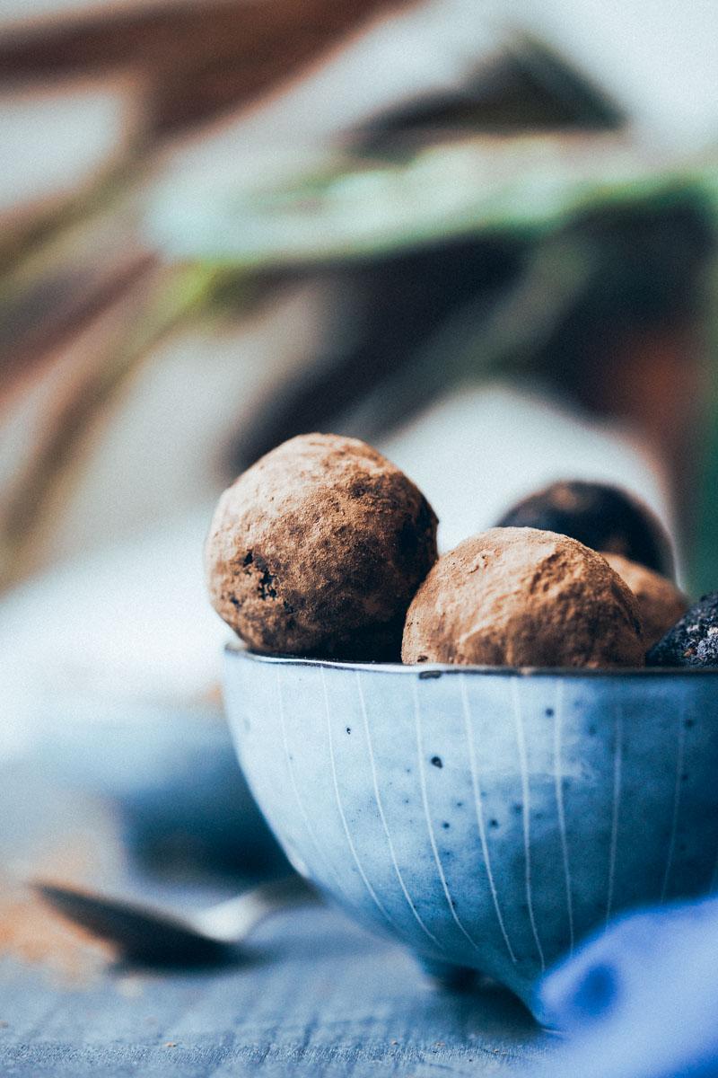 raw-choco-truffles-8