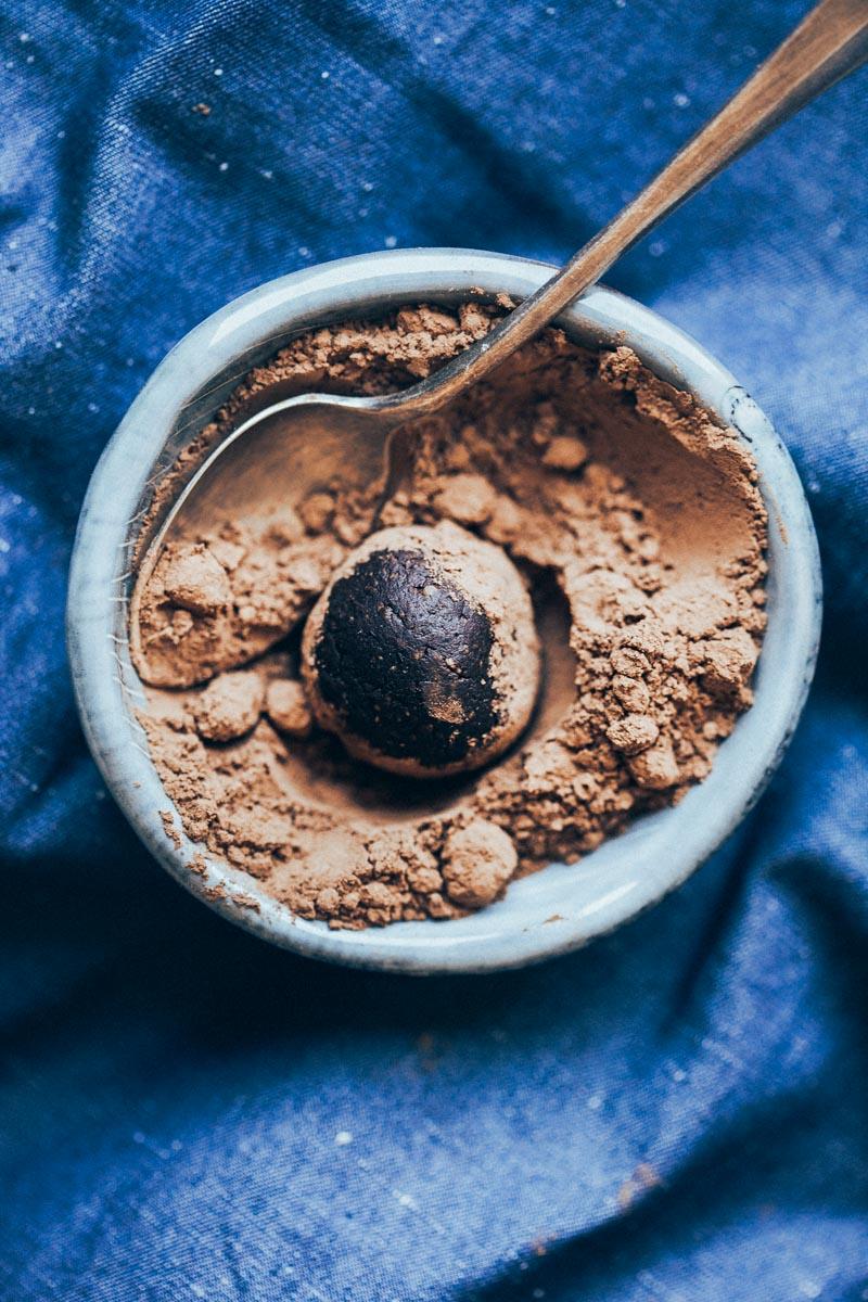 raw-choco-truffles